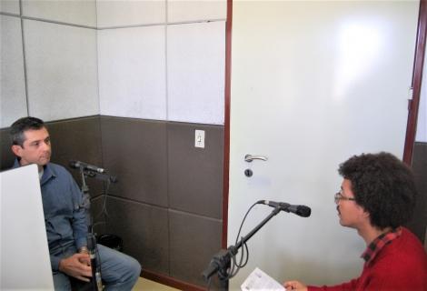 Prof.Guilherme Jorge e o repórter Alex Sander